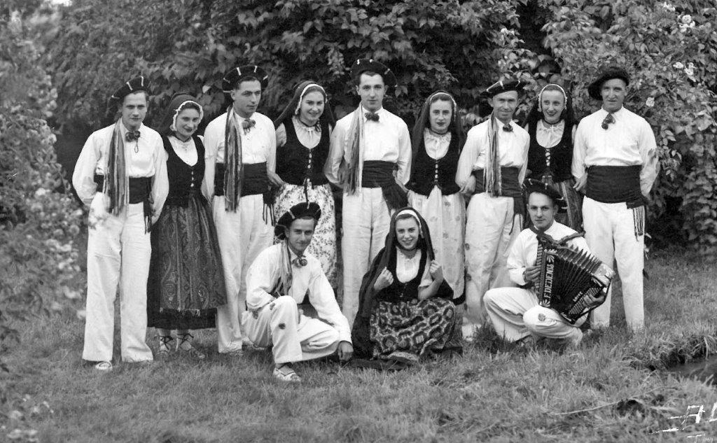 1947danseurs nice 3