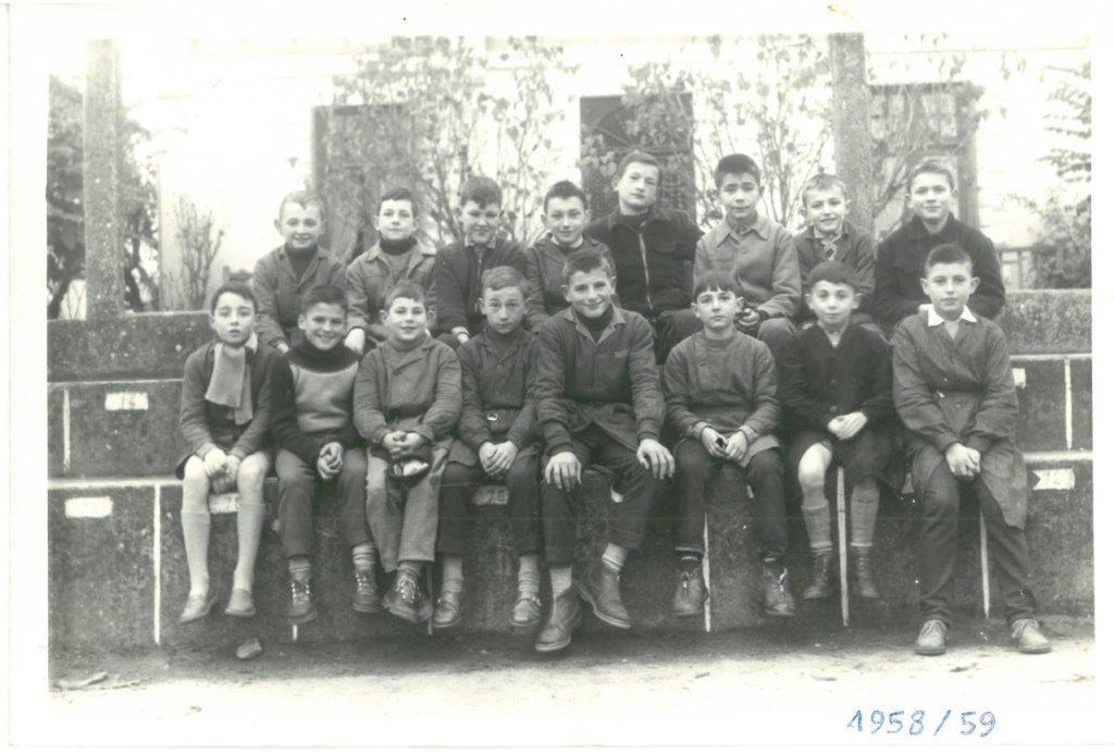 1958 59cm