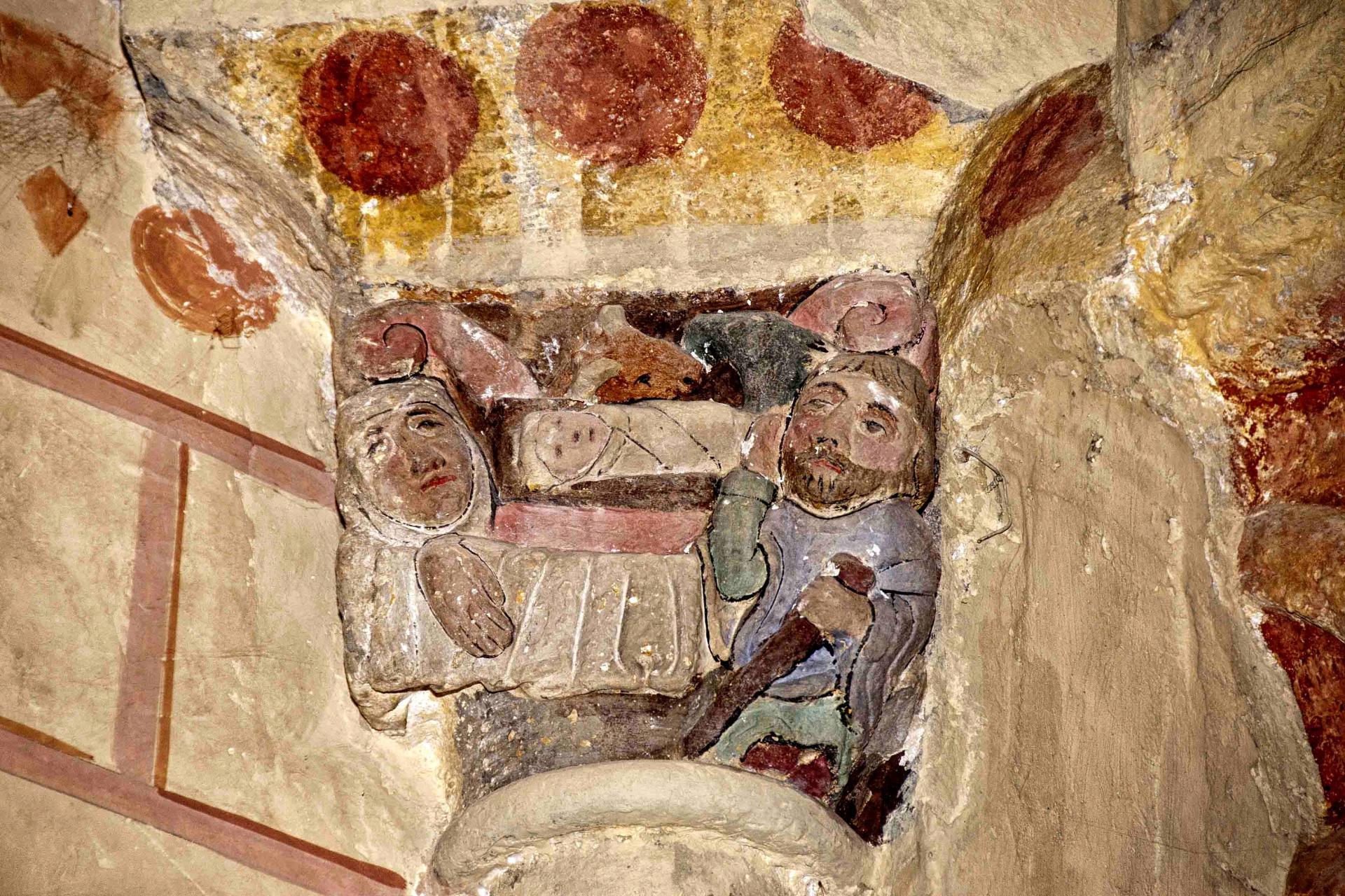 Chapiteau représentant la Nativité (église Saint-André de Sauveterre)