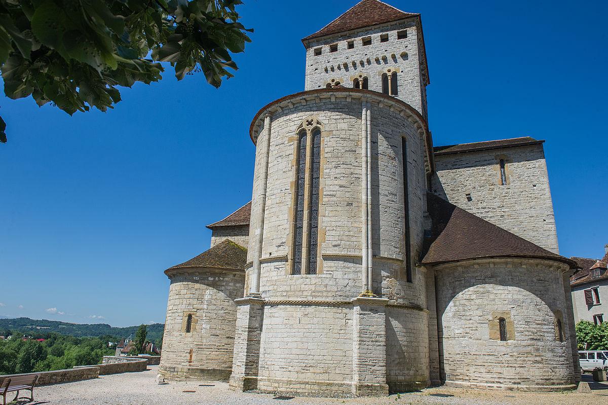 Chevet de l'église Saint-André de Sauveterre