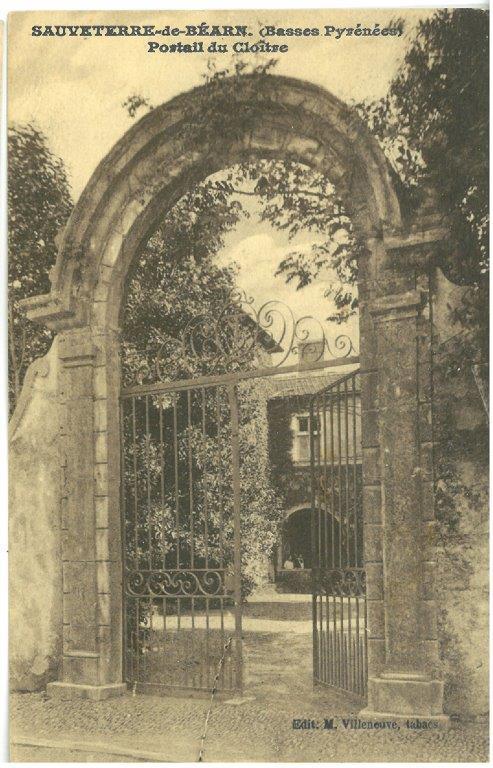 Cloitre portail
