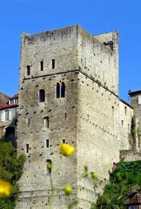 Vue extérieure de la tour Monréal