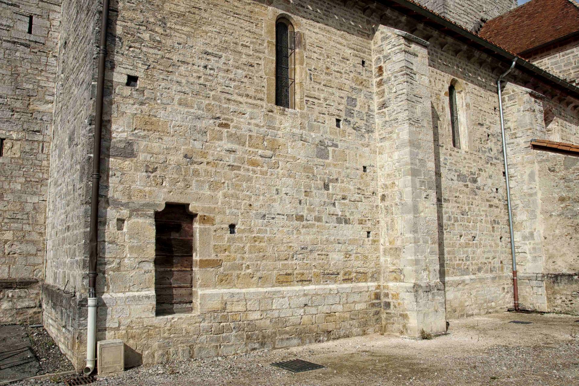 Porte des cagots (église Saint-André de Sauveterre)